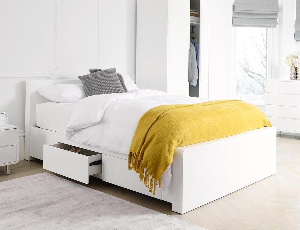 Notch II bed king with drawers white