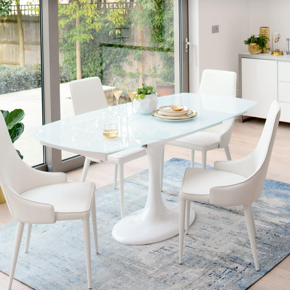 Lille extending 4-6 seater dining table white glass