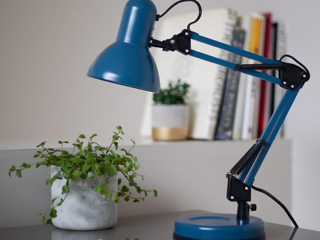 Mossa Desk Lamp metal matt dark blue