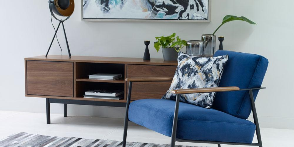 Bisby accent chair