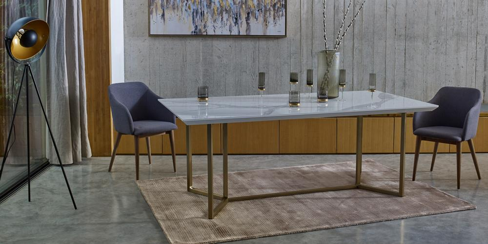 Molveno dining table